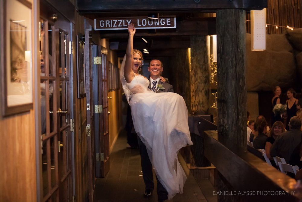 170819_blog_leslie_jeremy_wedding_bear_valley_lodge_arnold_danielle_alysse_photography_sacramento_photographer_deliver526_WEB.jpg