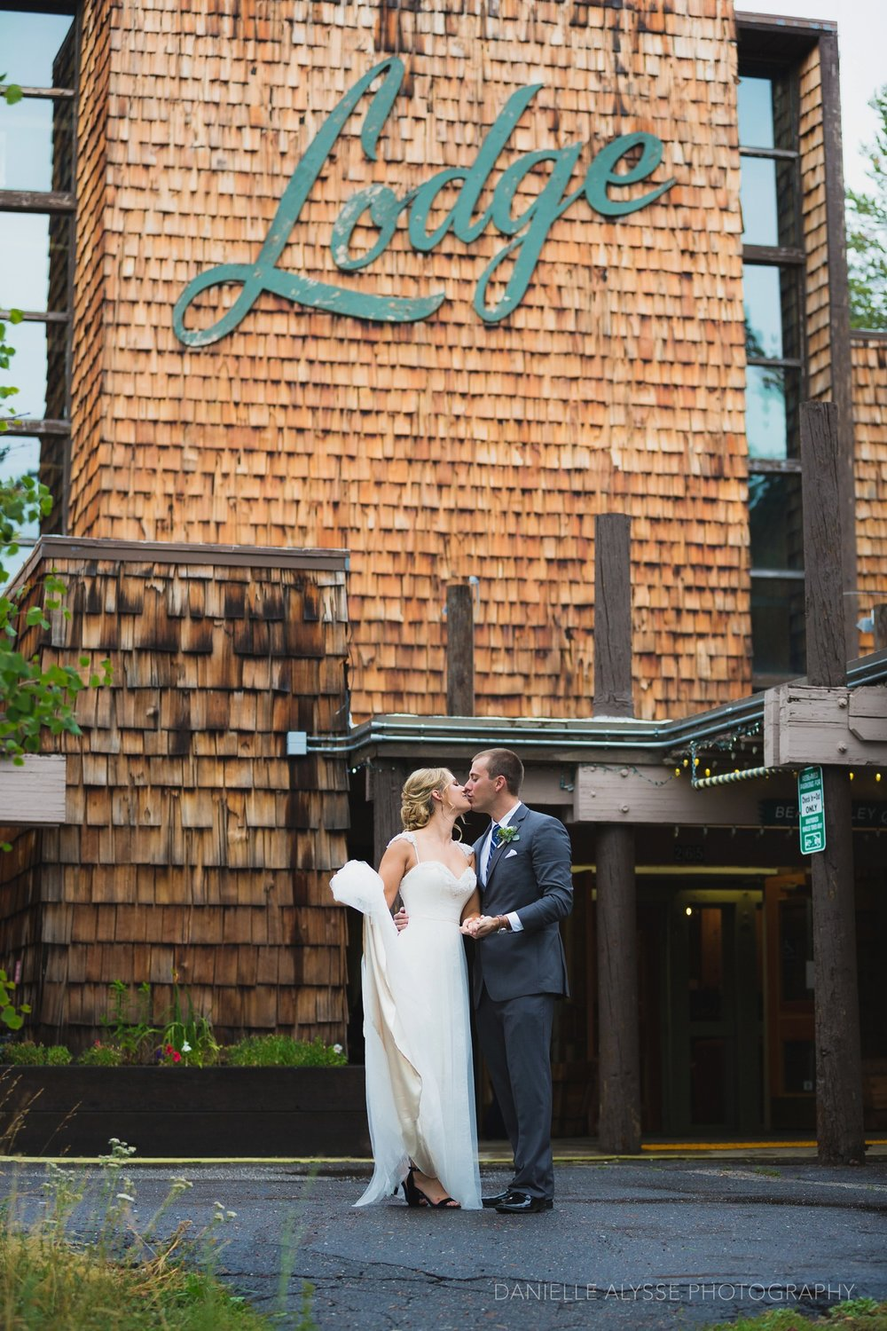 170819_blog_leslie_jeremy_wedding_bear_valley_lodge_arnold_danielle_alysse_photography_sacramento_photographer_deliver566_WEB.jpg