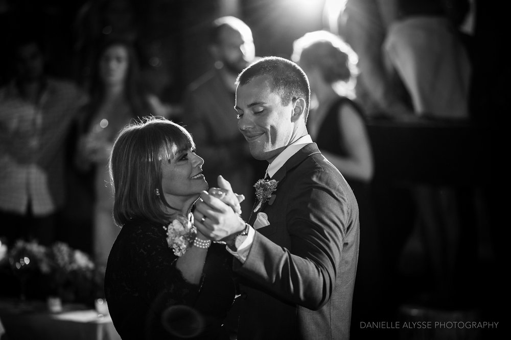 170819_blog_leslie_jeremy_wedding_bear_valley_lodge_arnold_danielle_alysse_photography_sacramento_photographer_deliver735_WEB.jpg