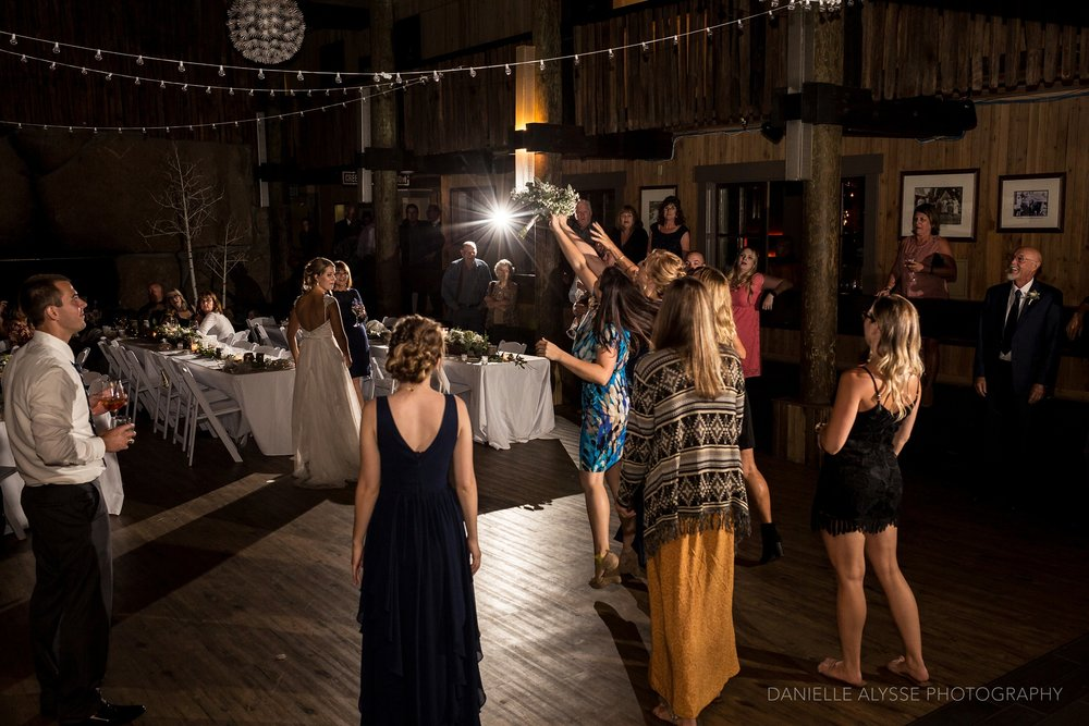170819_blog_leslie_jeremy_wedding_bear_valley_lodge_arnold_danielle_alysse_photography_sacramento_photographer_deliver757_WEB.jpg
