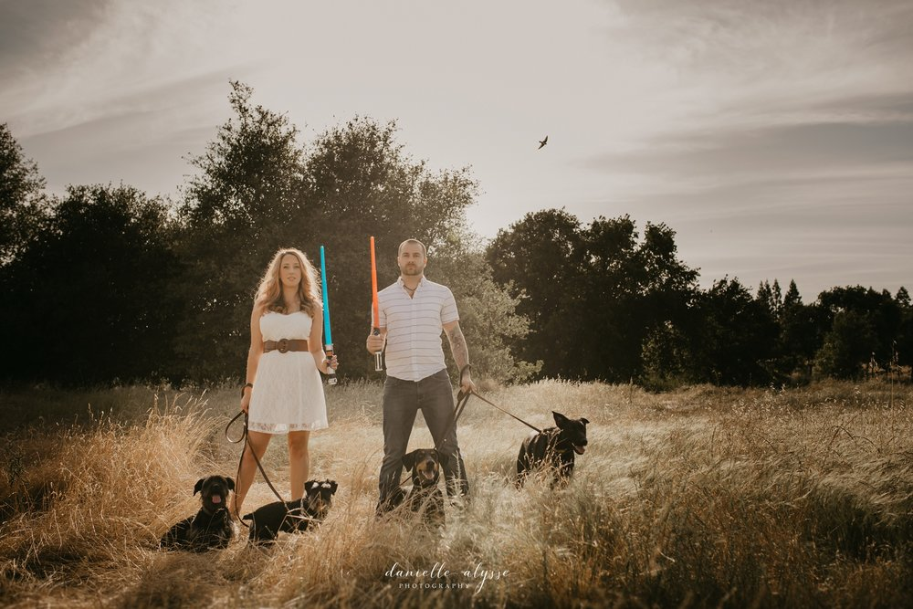 180520_engagement_sarah_jon_dogs_danielle_alysse_photography_elk_grove_photographer_blog_6_WEB.jpg