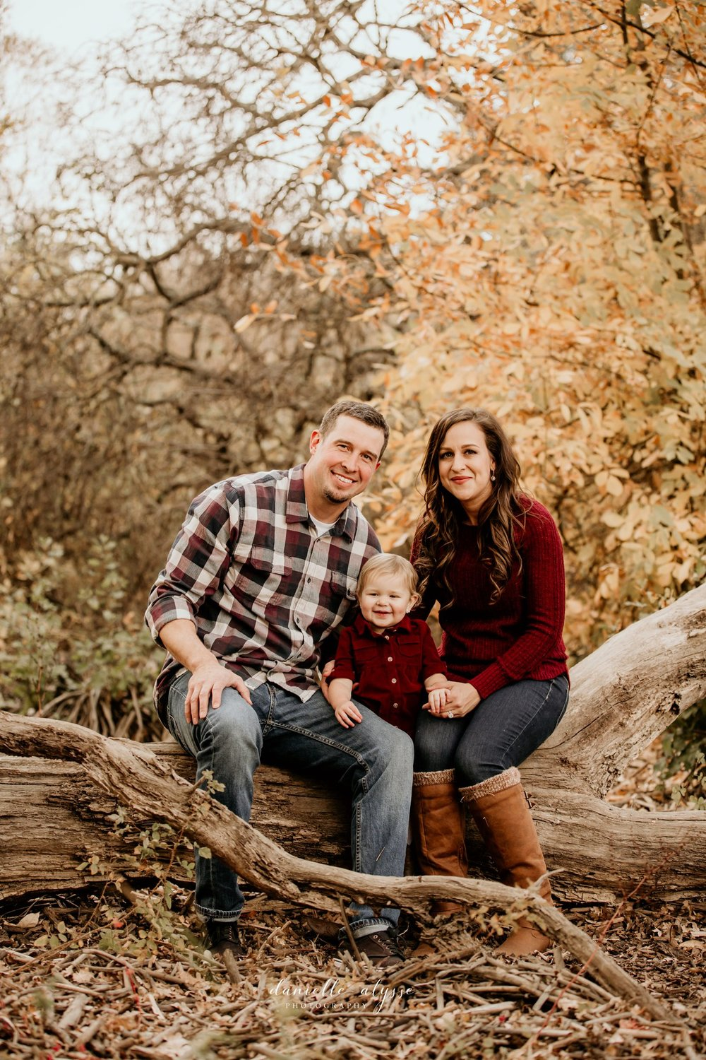 181119_fall_family_portrait_cosumnes_river_preserve_angie_danielle_alysse_photography_18_WEB.jpg