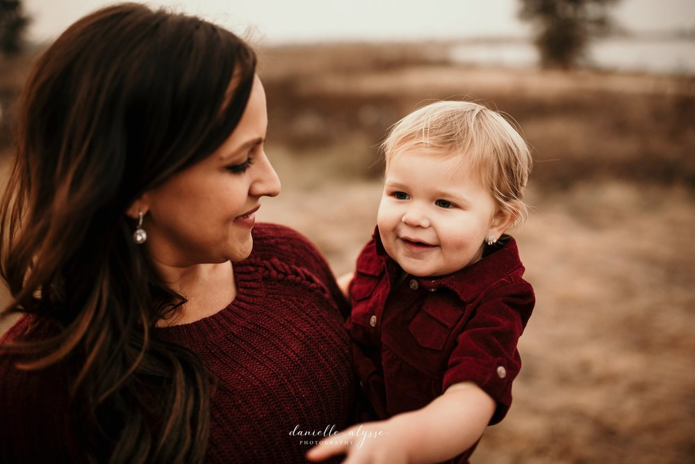 181119_fall_family_portrait_cosumnes_river_preserve_angie_danielle_alysse_photography_35_WEB.jpg