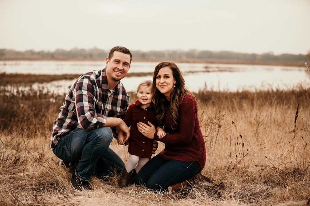 181119_fall_family_portrait_cosumnes_river_preserve_angie_danielle_alysse_photography_31_WEB.jpg
