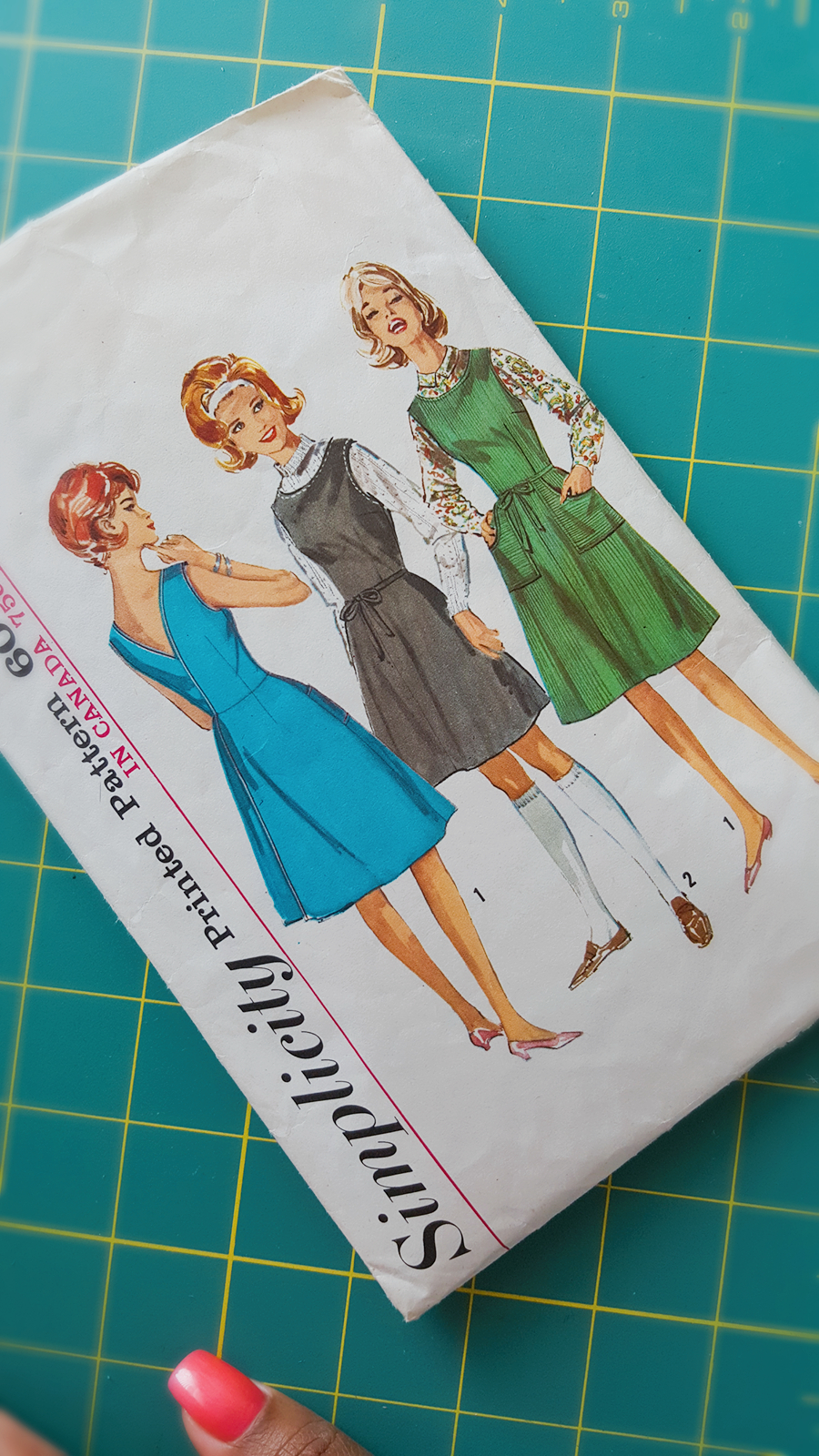 Vintage Pattern Hack on www.3DegreesDB.com