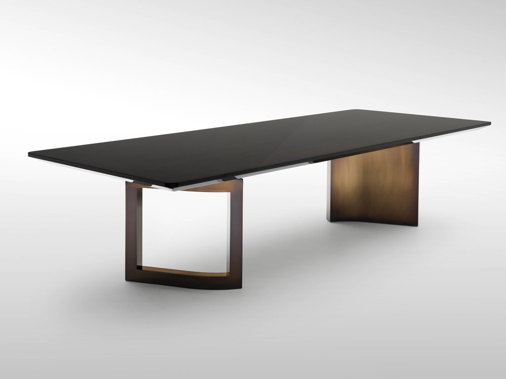 Fendi Ford Table 3.jpg