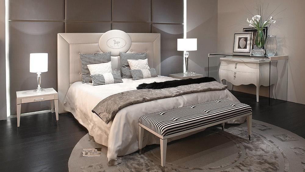 Fendi Cameo Bed 4.jpg