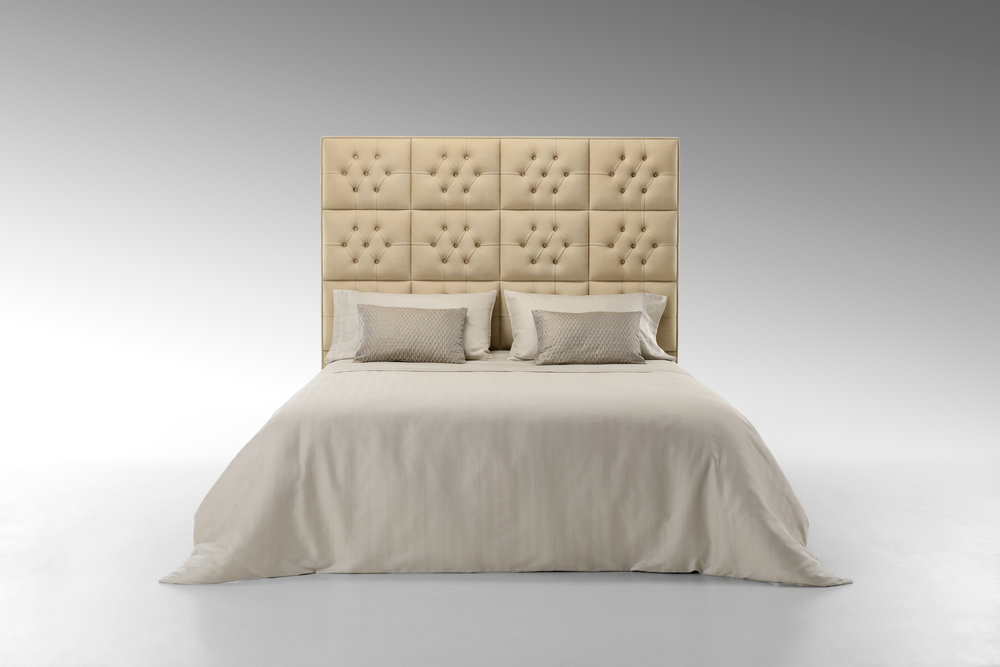 Fendi Diamante Bed 5.jpg