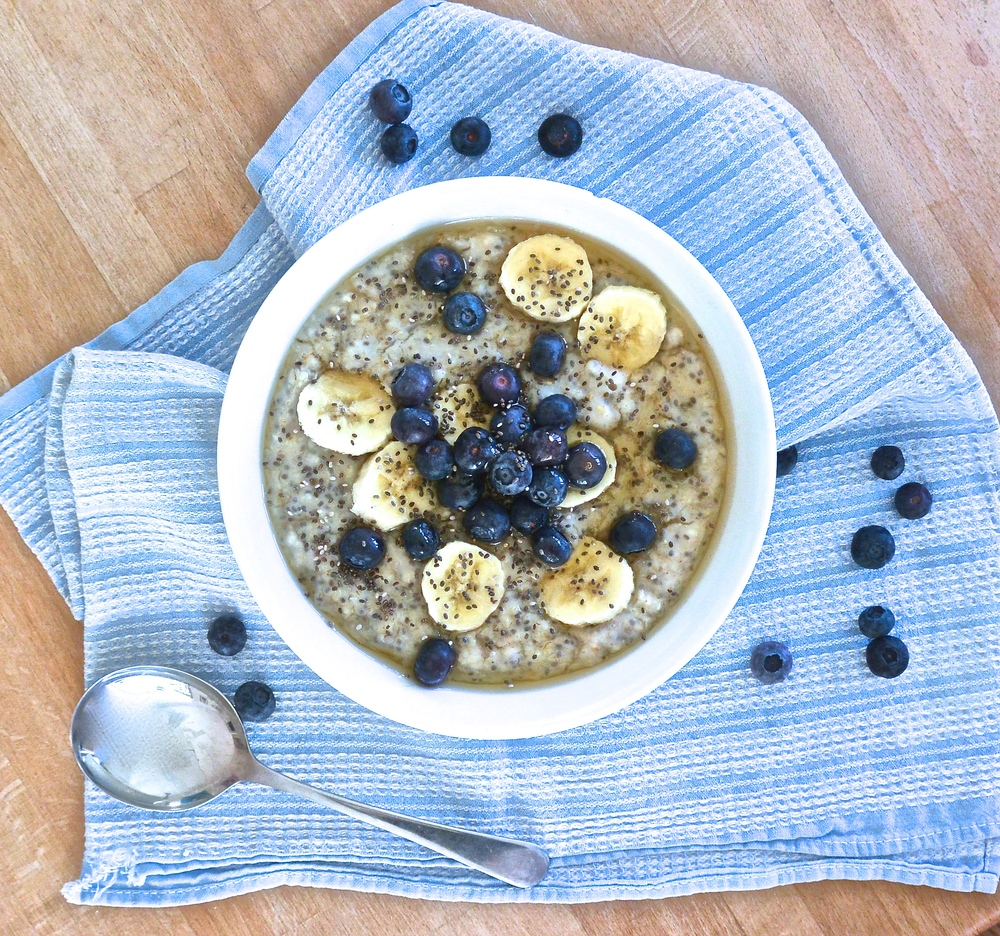 The Simplest Chia Oat Porridge | The Herb Diaries