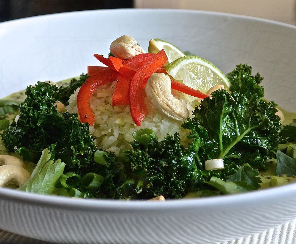 Raw Thai Green Curry with Kohlrabi Rice and Crispy Kale | The Herb Diaries