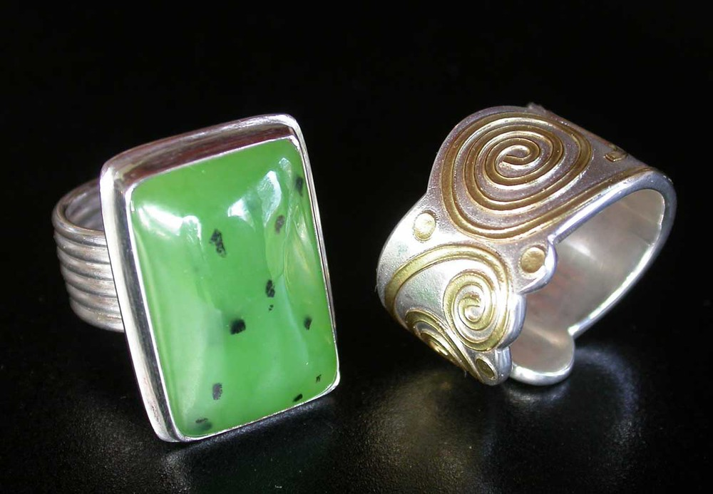 Silver 18ct. green Stone rings