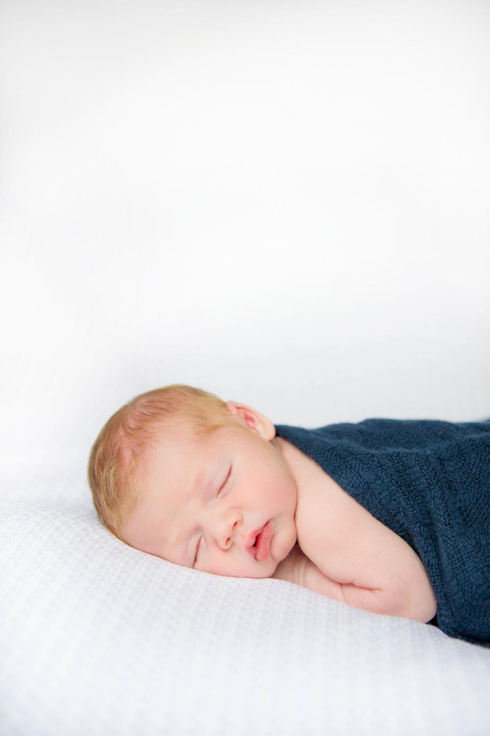 newborn_brady_33.jpg