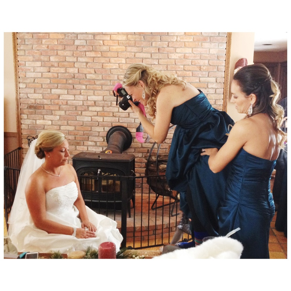 bridesmaid wedding photographer