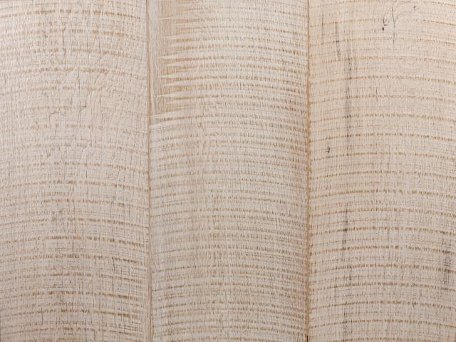 oak_circle_sawn_white640.jpg