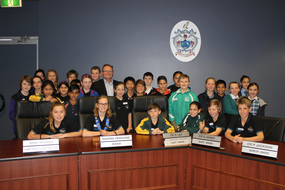 Guest speaker, David Templeman MLA, with Junior Councillors at the last Junior Council meeting on August 27.