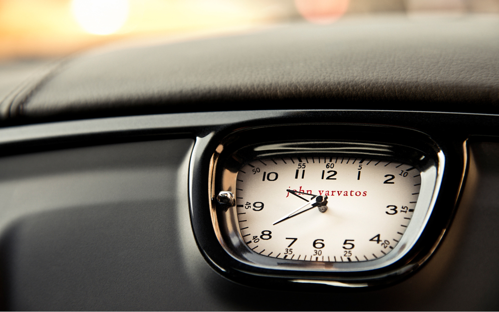 2013 Chrysler 300 John Varvatos Special Edition clock design