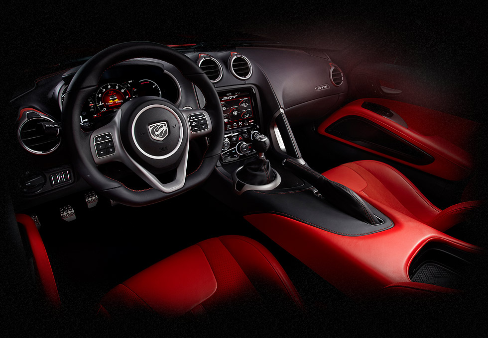2013 SRT8 Viper gauge design