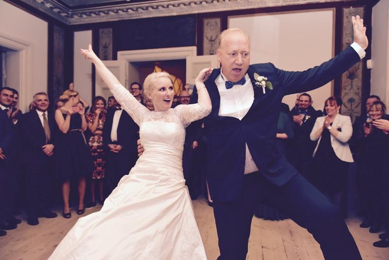Mette og Lasse danser.jpg