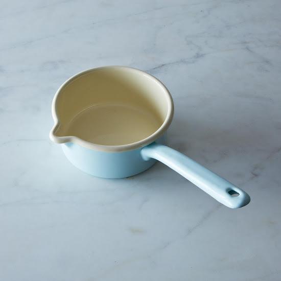 emamel porridge pot.jpg
