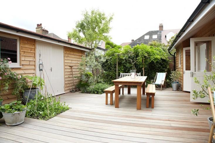 summerhouse gardenista 5.jpg