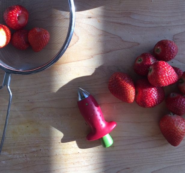 strawberry huller.jpg