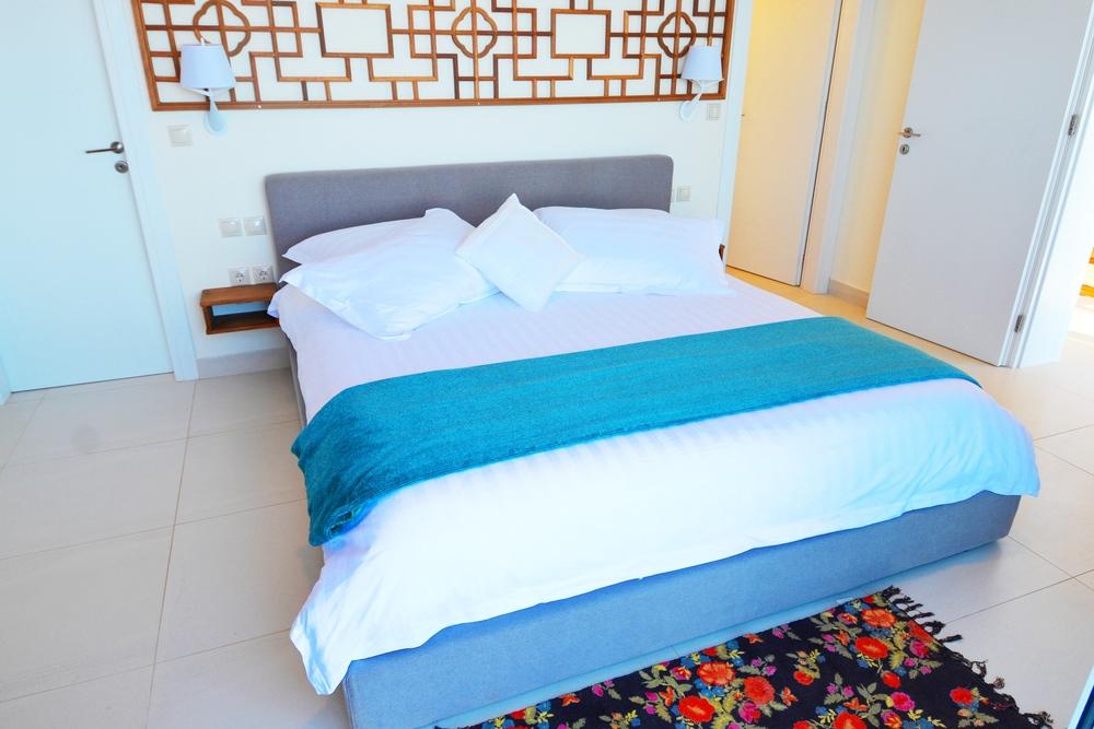 3 master bedrooms on three different floors