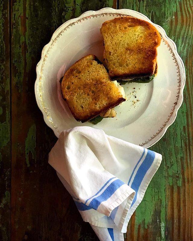 Some old fashioned, basic YUM ! #yummy #sandwich #food #nofilter #vegetarian #farmtotable 📷 @debbie8lavenderlane