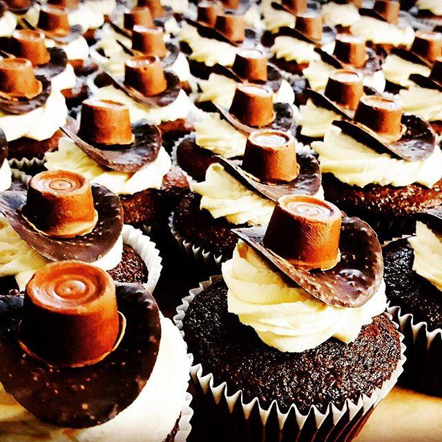 #cupcake #sweet #dixiechicks #bridgestonearenaofficial #bridgestonearena #nashville  #8lavenderlane