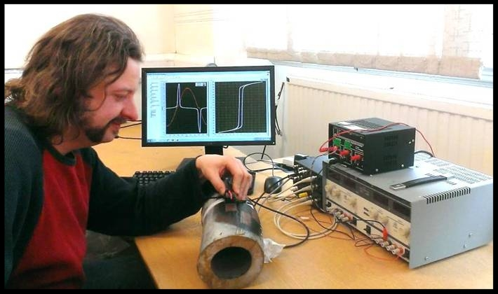 Dr John Wilson of the University of Manchester working on further development of the EM sensor.