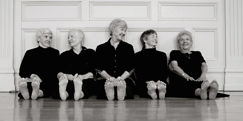 Kuntz-and-Company-Suzanne-Fogarty-Wrinkles-grace-in-time-Dance-Theatre-aging-Marge-Moench-Lynnette-Allen-Noemi-Ban-Dorothy-Regal-Barbara-Sylvester-3.jpg