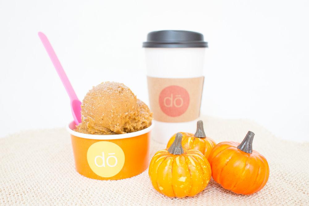 Pumpkin-Spice-Blondie-Scoop