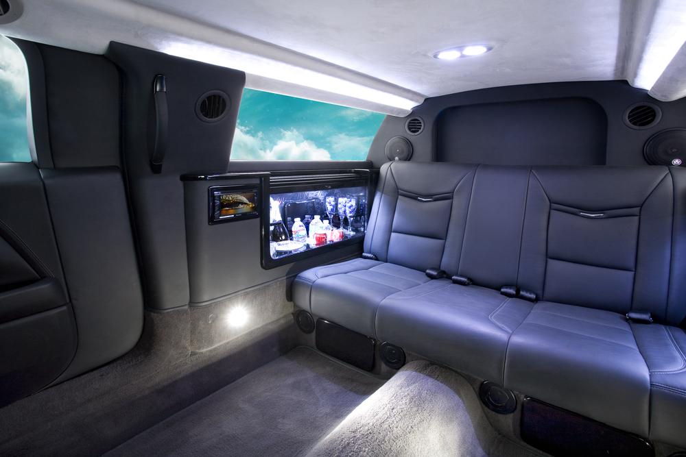 "Cadillac XTS 70"" Limousine"
