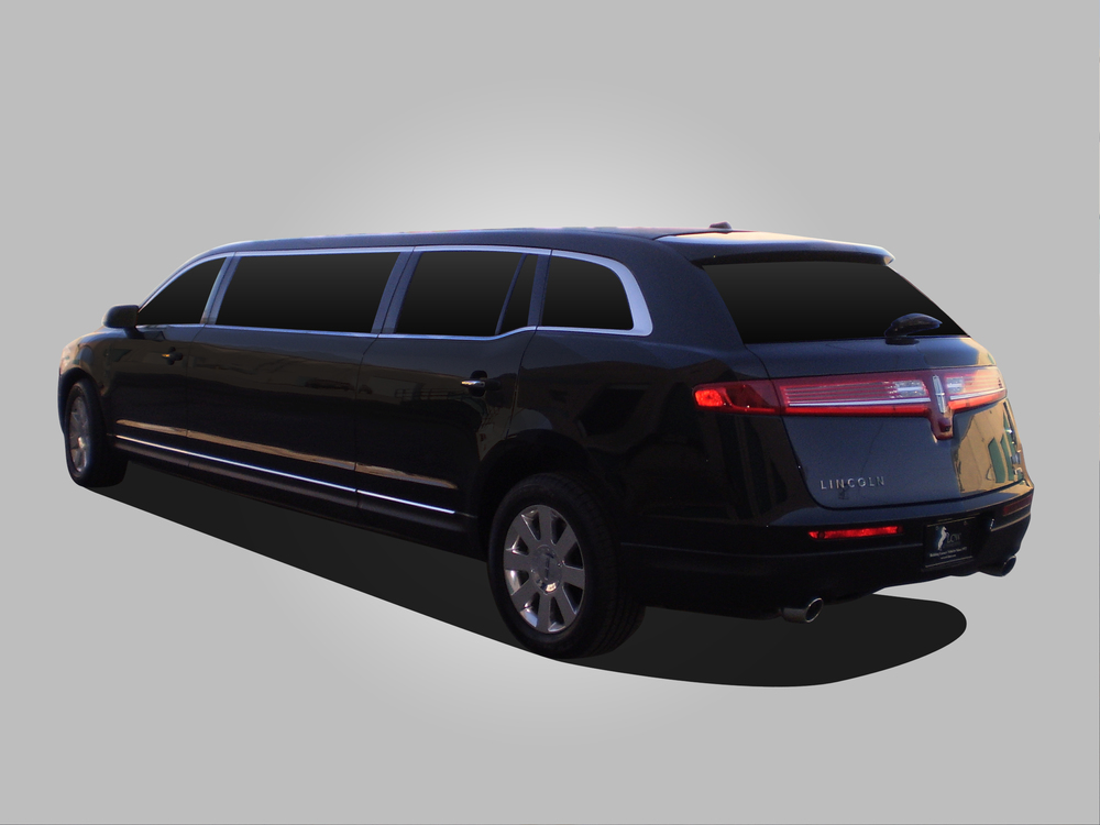 "Lincoln MKT shown with 72"" stretch."