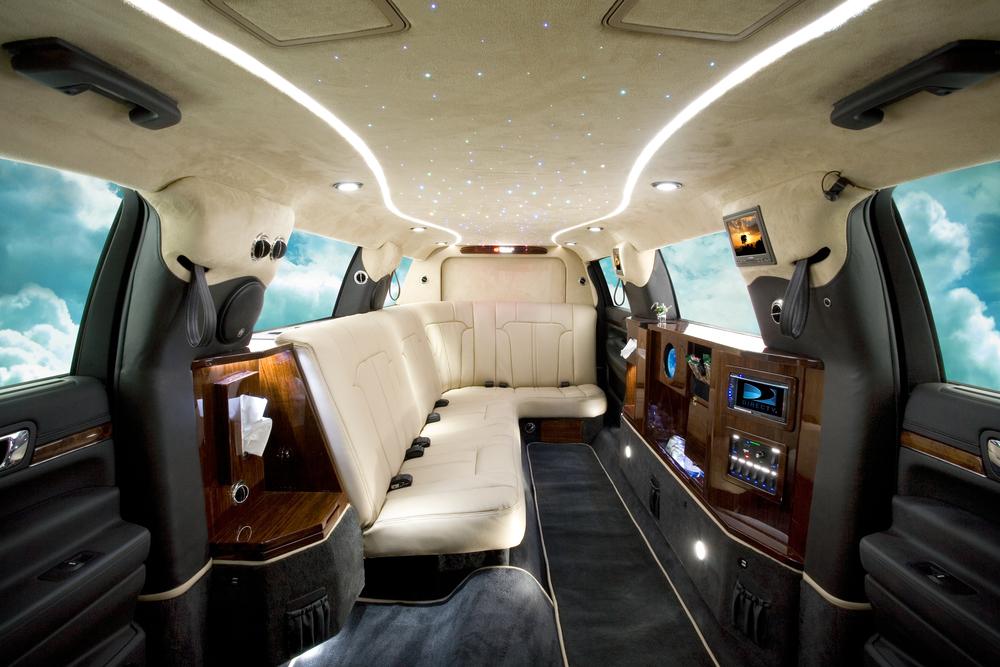 Lincoln120MKT_0001.jpg