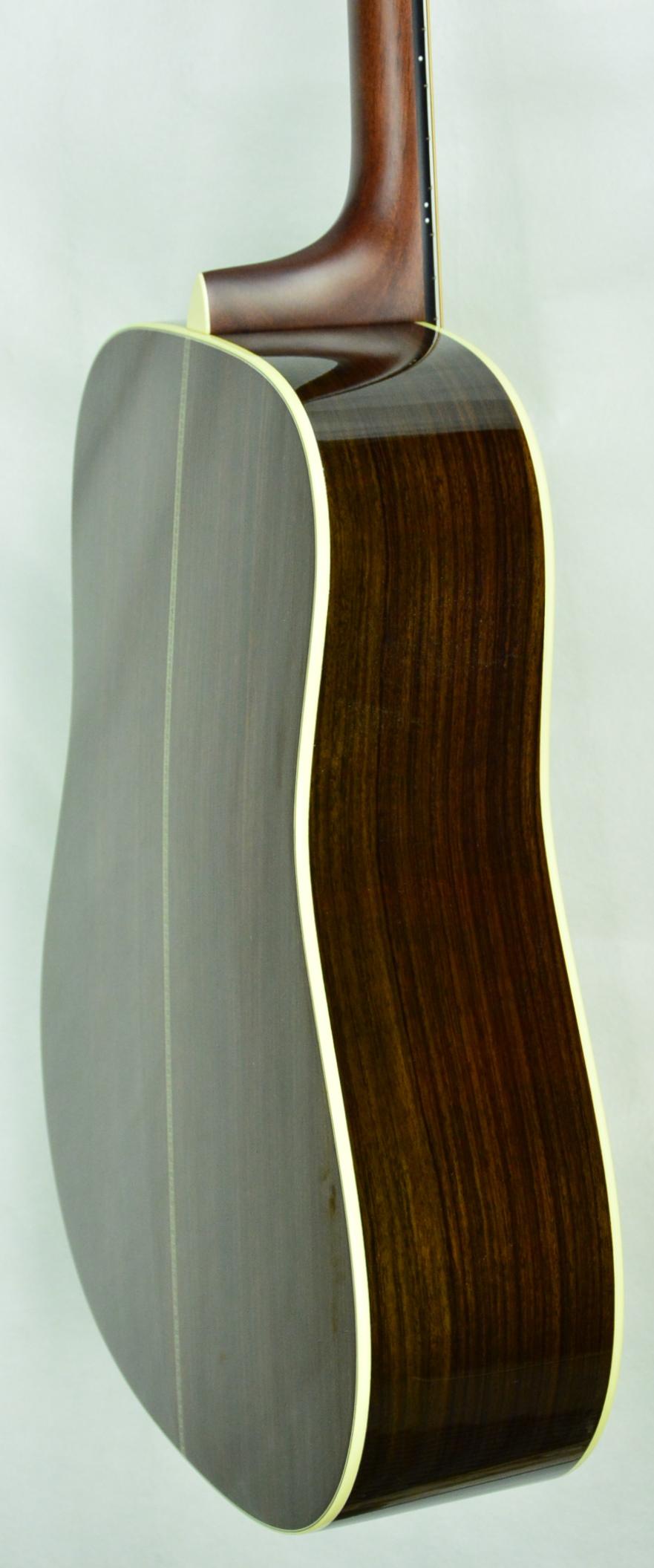 Q-2061624 S-1706648 D-14 Adi EIRW Matrix Blend (3).JPG
