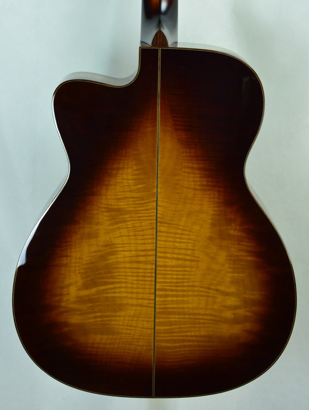 Q-2352524 S-1801530 MC Big Leaf Maple Sitka Ambertone Teardrop (4).JPG