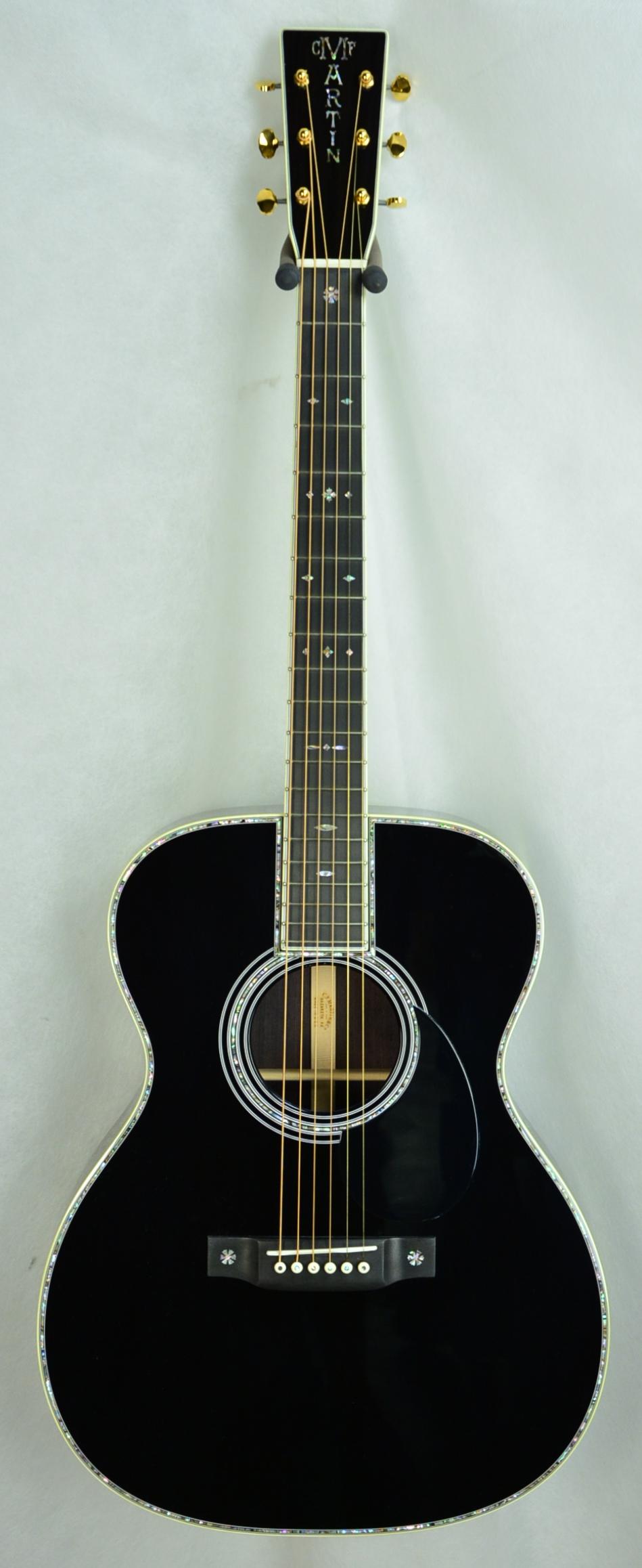 Q-2408924 S-1830635 OM-42 Black (2).JPG