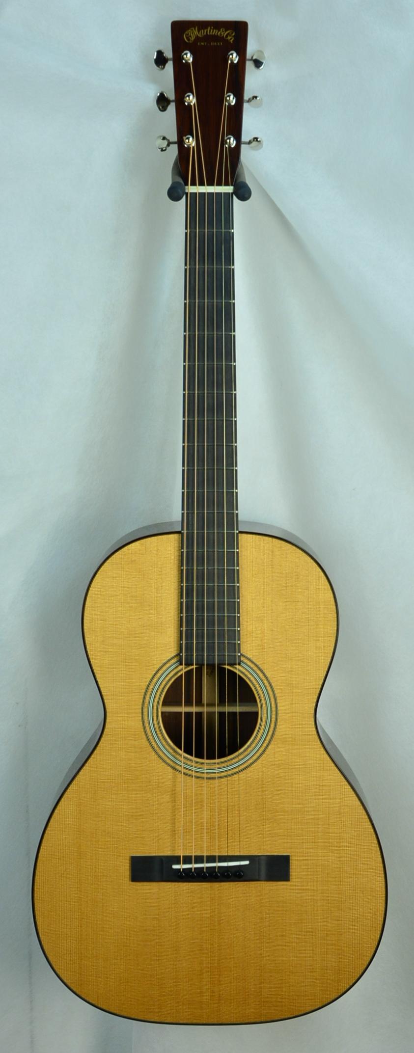 Q-2574324 S-1912492 0-12 Guatemalan Sitka M1 Satin Laq neck  (1).JPG