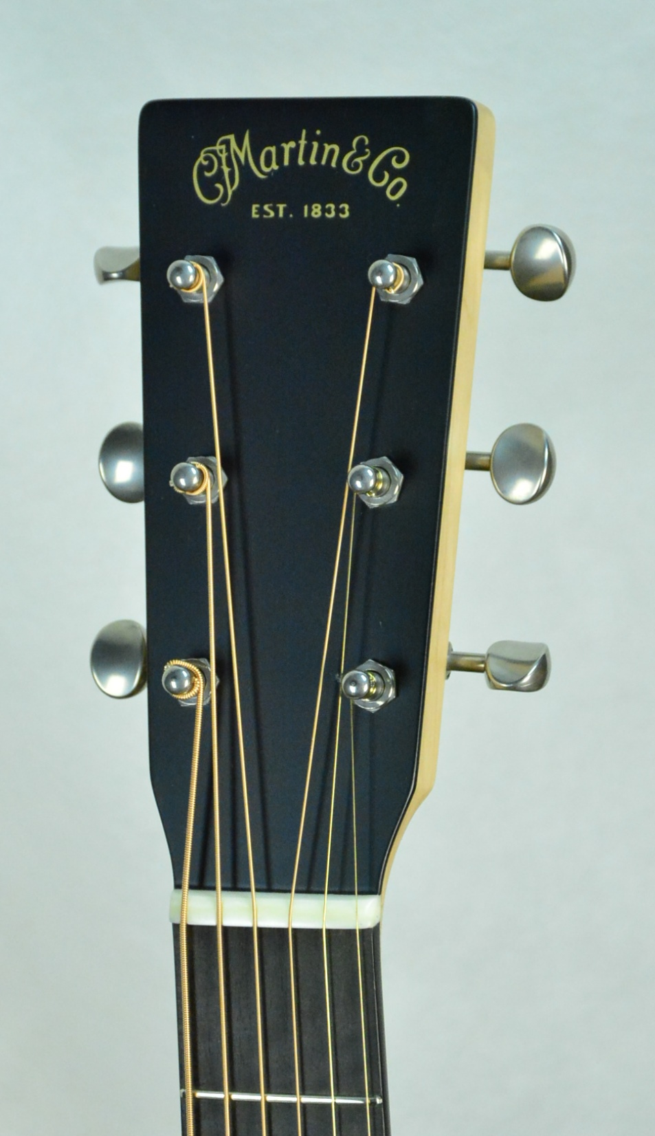 Q-2648024 S-1928826 OM Black Walnut- Maple Neck (4).JPG