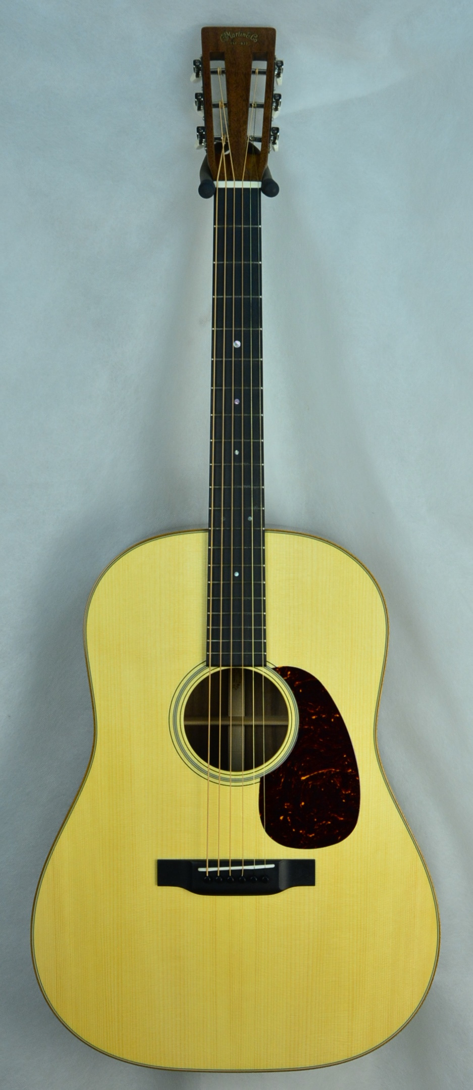 Q-2650124 S-1938283 D-12 Fret Black Walnut Adi (1).JPG