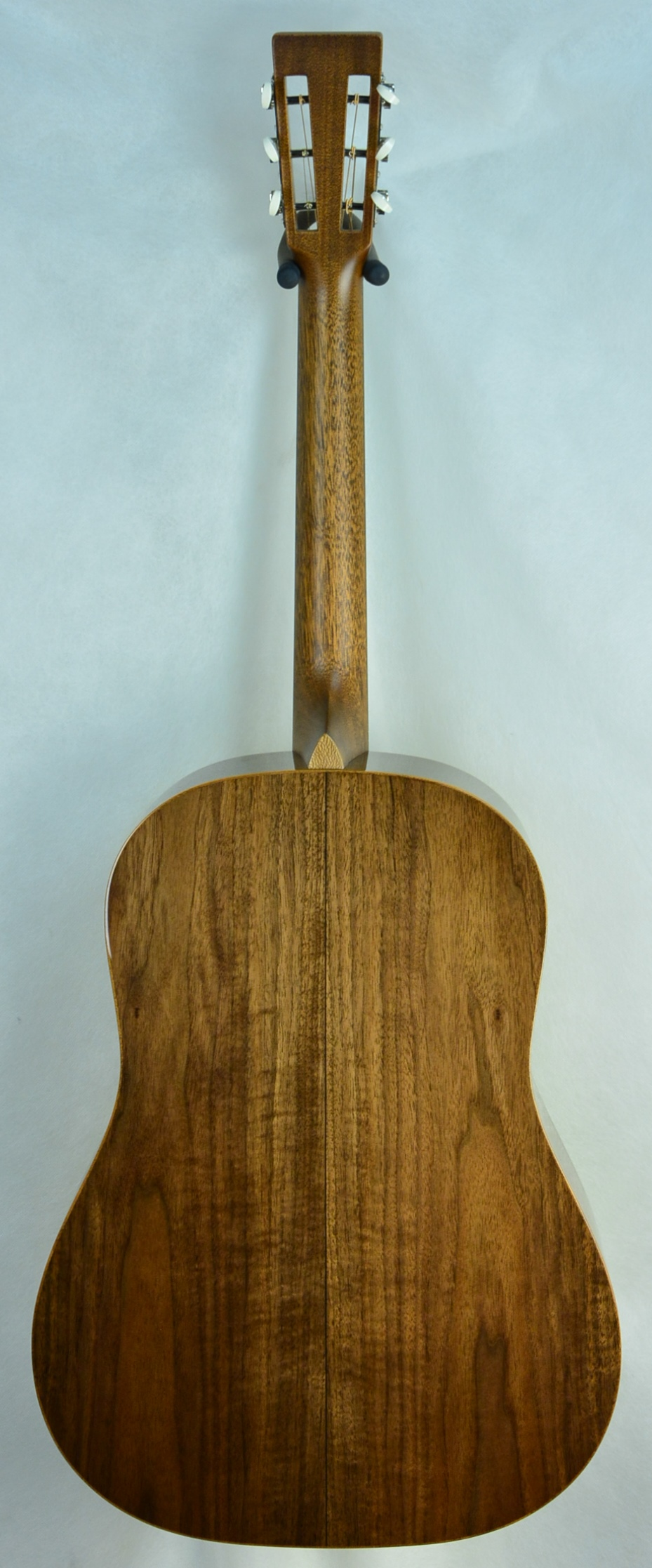 Q-2650124 S-1938283 D-12 Fret Black Walnut Adi (2).JPG