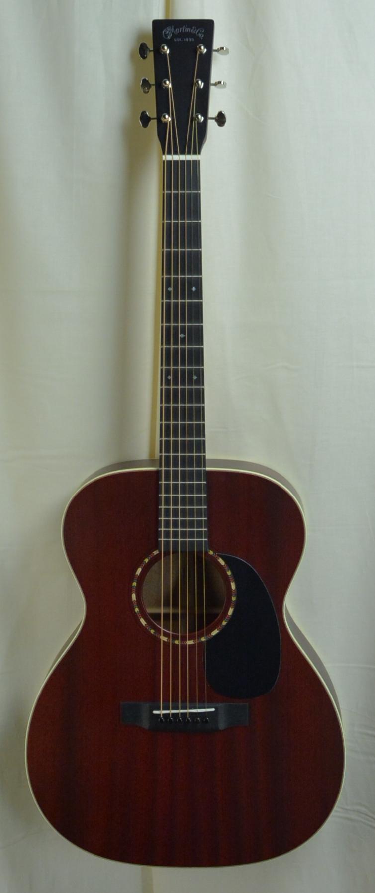 Q-2700324 S-1956643 000-15 Sipo Cherry stain (1).JPG