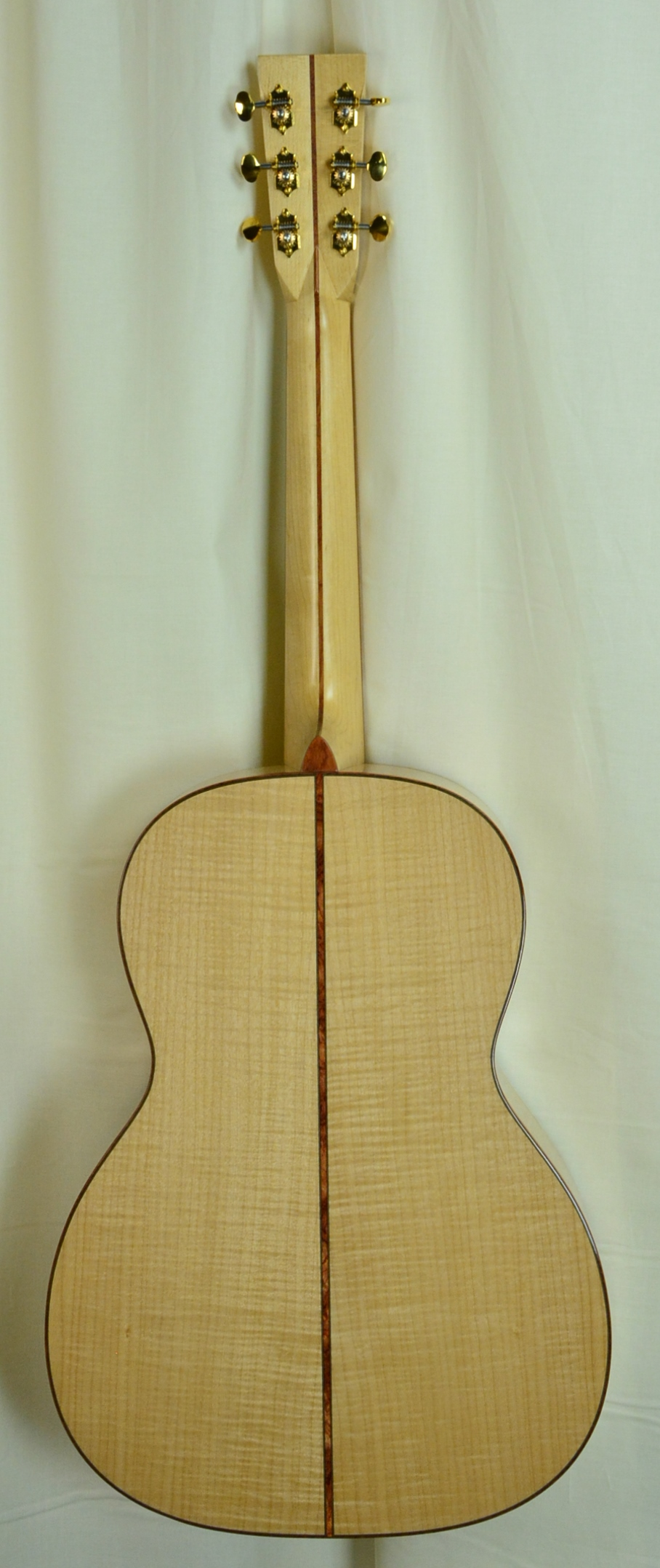 Q-2658124 S-1938295 00028VS Pacific Big Leaf Maple AAAA, Maple neck Bubinga binding (3).JPG