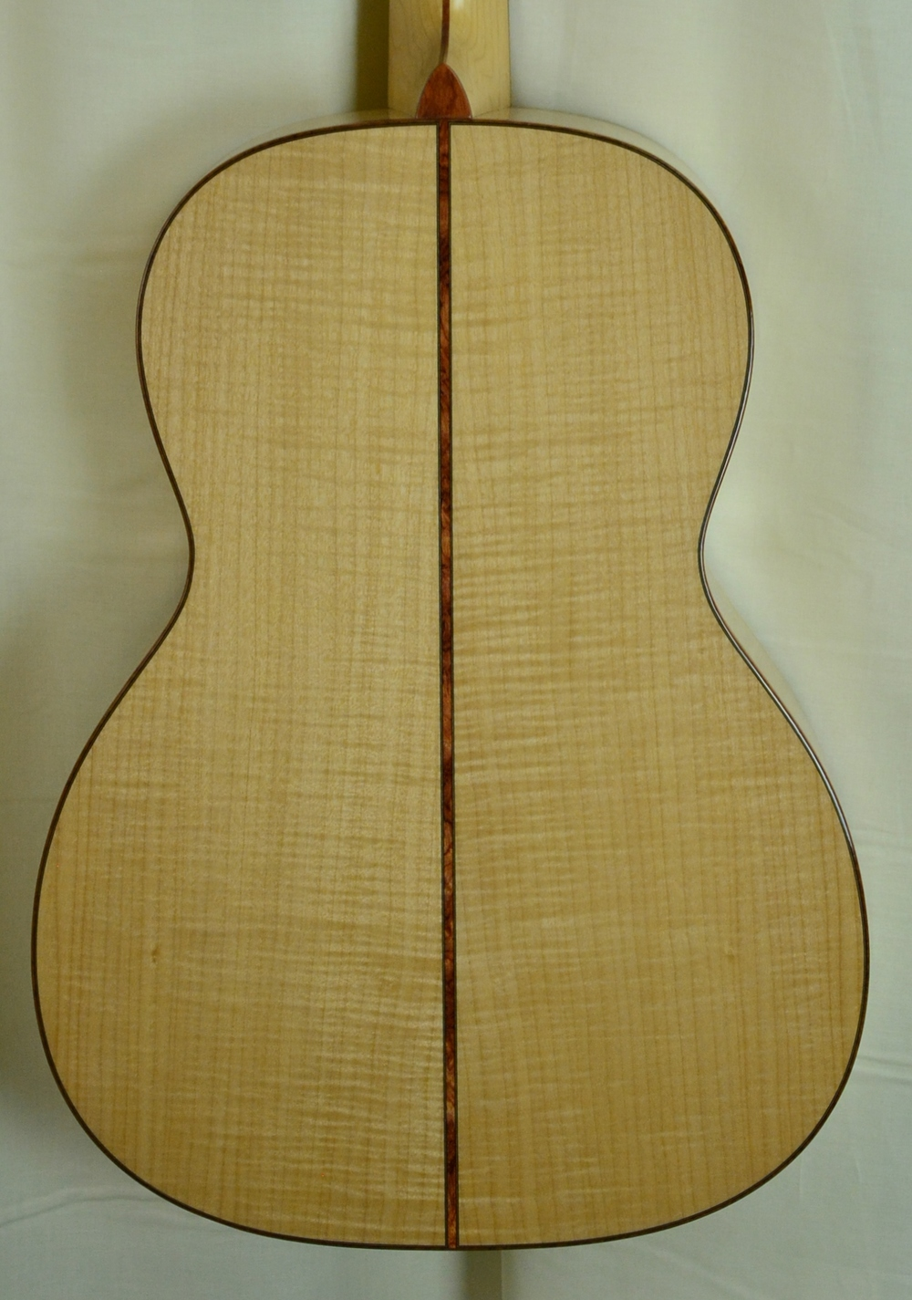Q-2658124 S-1938295 00028VS Pacific Big Leaf Maple AAAA, Maple neck Bubinga binding (4).JPG