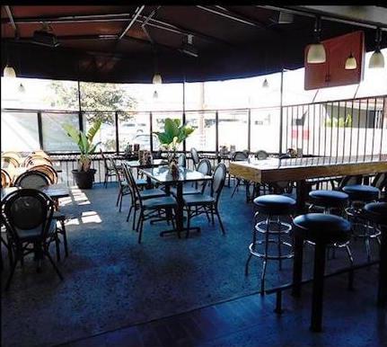 Breakfast-in-Huntington-Beach