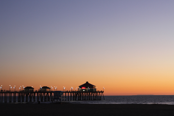 Huntington-Beach--Pier-at-Dusk