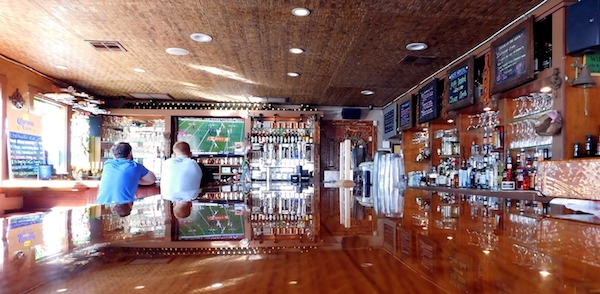 SEAL-BEACH-BAR.jpg