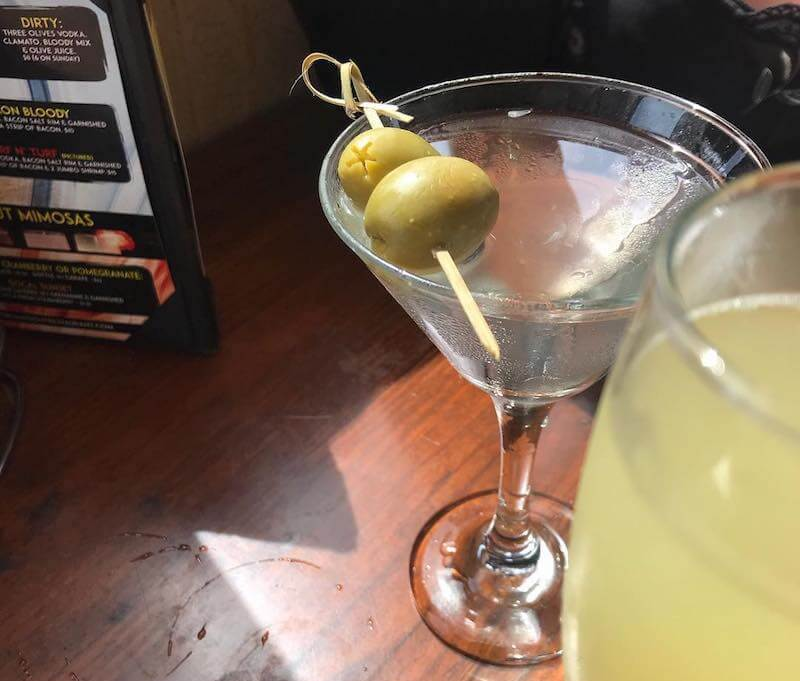 Taste The Best Martinis Near You - THE HANGOUT