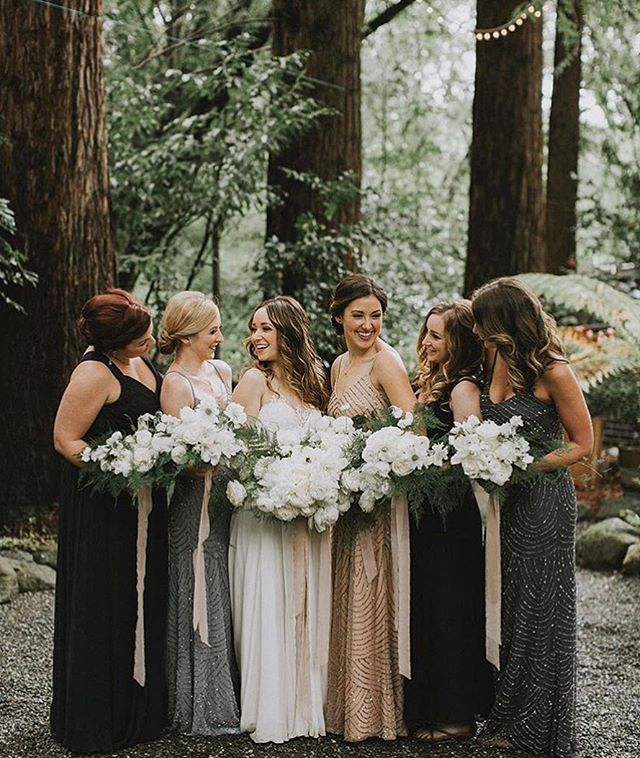 // we are over here like 💁🏻💁🏼💁🏻 // loving every single shot from @victoriacarlsonphoto