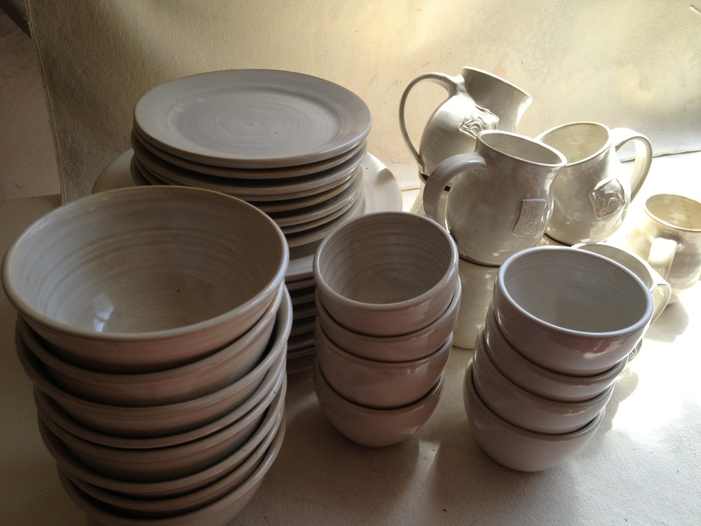5 piece dinnerware for 8